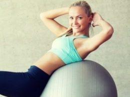 Упражнения с большим мячом для похудения фото