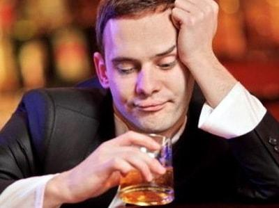 Признаки алкоголизма у мужчины в поведении фото